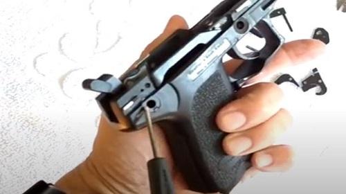Paso 4 Despiece Conjunto Disparador HK USP Compac